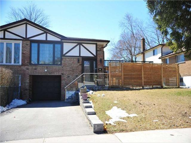 169 Silas Hill Dr Toronto